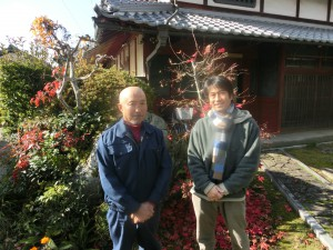 栗山さん(左)のご自宅で取材。