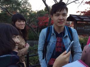 取材時の様子:マレーシアから来られた男性